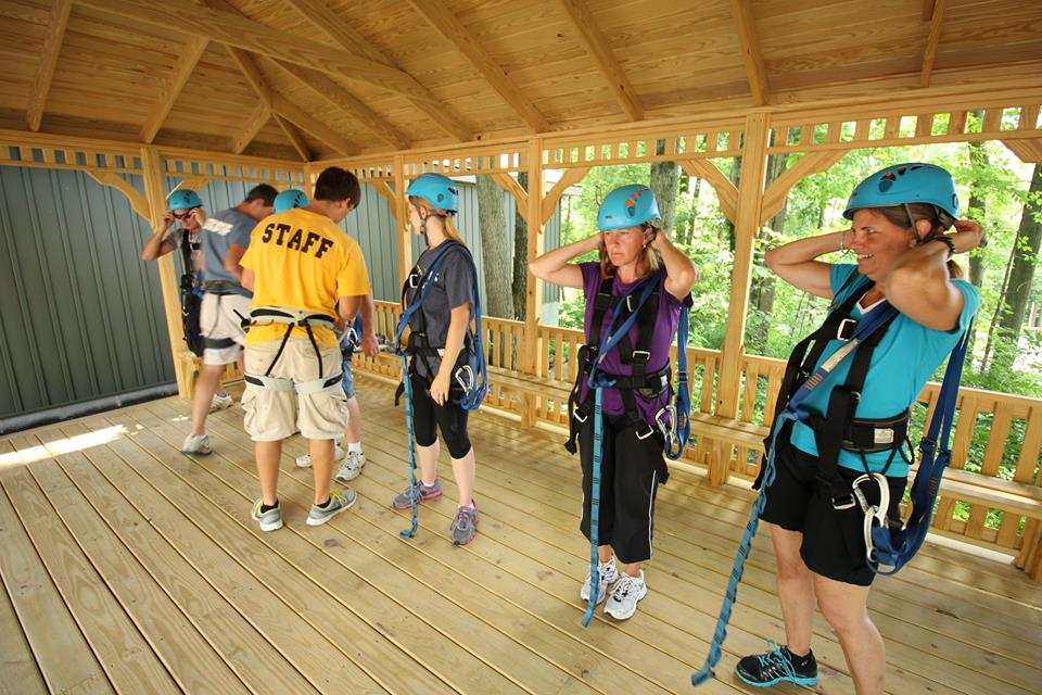 Zipline_Safety Gear_Women_Summer